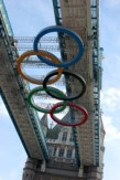 olympic-rings-at-tower-bridge-6