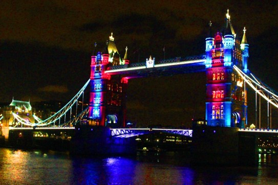 tower-bridge-by-night-5